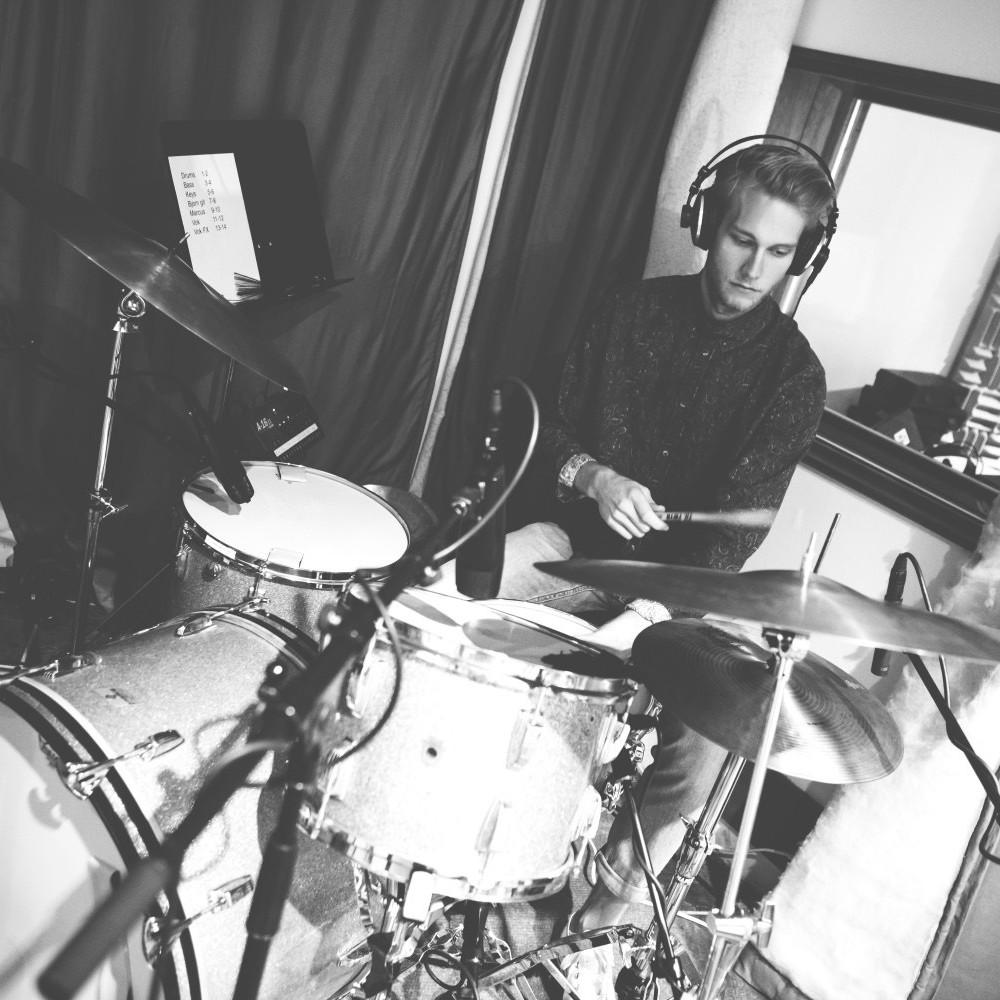 Jonatan in studio